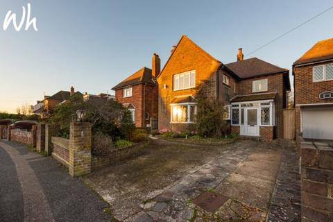 5 bedroom detached house to rent - Windlesham Road, Shoreham