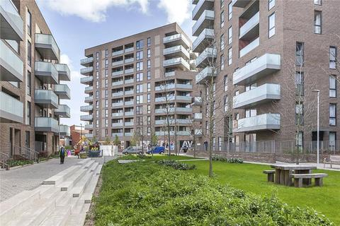 2 bedroom flat to rent - Lighterman Point, 3 New Village Avenue, Canary Wharf, E14 0ND