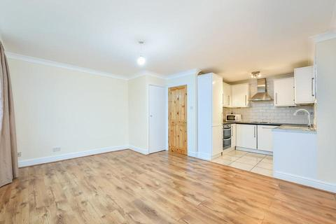 4 bedroom flat to rent - Courthill Road, London SE13