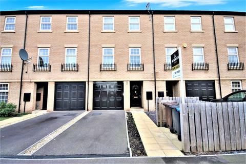 4 bedroom townhouse for sale - Boothferry Park Halt, Hull, HU4