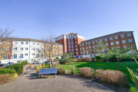 2 bedroom flat for sale - Dominica Court, Eastbourne