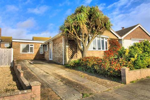 3 bedroom detached bungalow for sale - Bishops Close, Seaford, East Sussex