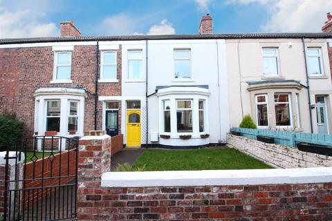 3 bedroom terraced house for sale - Gladstone Terrace, Whitley Bay