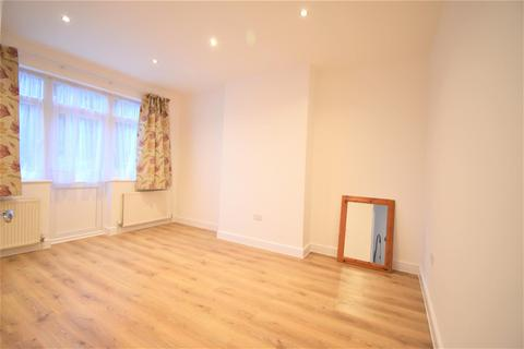 3 bedroom semi-detached house to rent - Nant Road, London NW2
