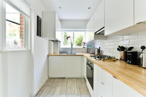 3 bedroom semi-detached house for sale - Charman Road, Redhill
