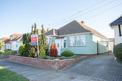 3 bedroom detached house for sale - Botany Road, Broadstairs