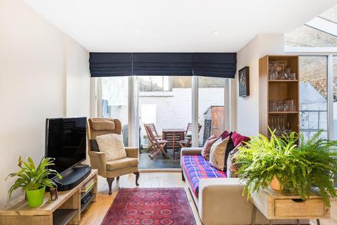 2 bedroom flat for sale - Santley Street, SW4