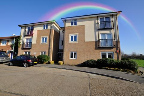 2 bedroom flat for sale - Hobart Close, Chelmsford, CM1