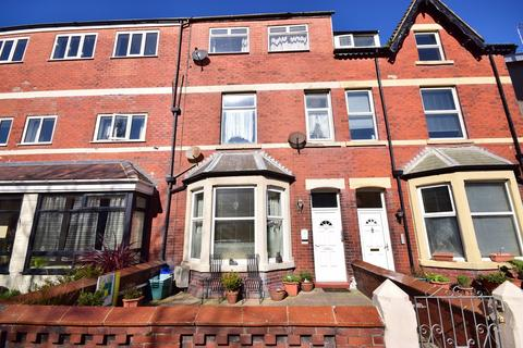 1 bedroom apartment to rent - St Albans Road, Lytham St. Annes, FY8