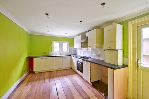 3 bedroom terraced house for sale - Westerfield Road, London, N15