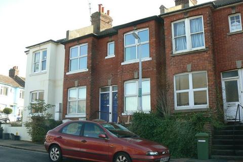 2 bedroom flat - Whippingham Street, Brighton, BN2 3LL