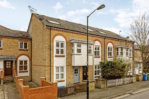1 bedroom flat for sale - Chaucer Drive, Bermondsey