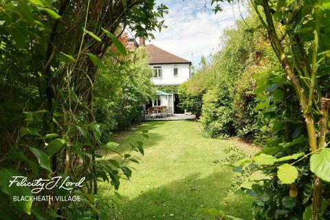 4 bedroom semi-detached house for sale - Mayday Gardens, LONDON
