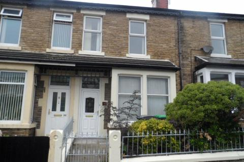 4 bedroom terraced house to rent - Levens Grove, BLACKPOOL, FY1 5PP