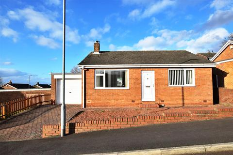2 bedroom bungalow for sale - Harlow Green