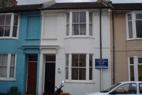 4 bedroom terraced house to rent - Park Crescent Road, Lewes Road