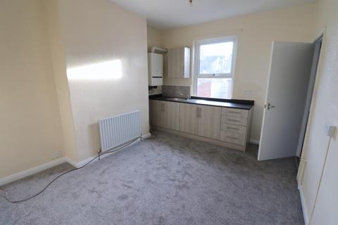 2 bedroom flat to rent - Surtees Street, Bishop Auckland, DL14 7DH