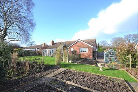 3 bedroom bungalow for sale - Wimborne