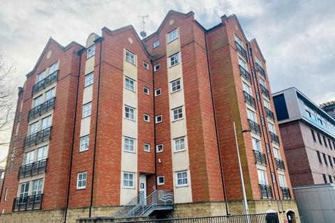 2 bedroom flat to rent - Grantavon House, , Lincoln, LN5 7WA