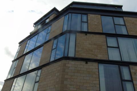 2 bedroom apartment to rent - Sankey Street L1