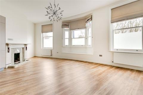 3 bedroom flat - Walpole Gardens, Chiswick, London