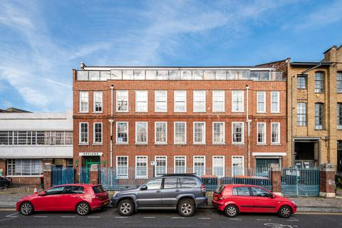 2 bedroom flat for sale - Tudor Road, Hackney, London E9