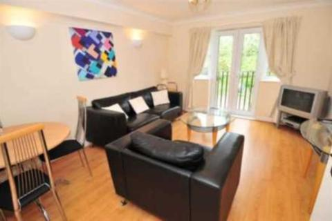 2 bedroom apartment to rent - Sandown Court, Worth, Crawley
