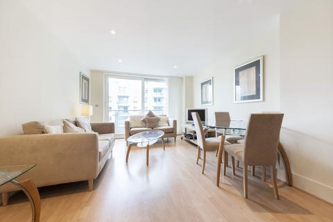 2 bedroom apartment to rent - Flagstaff House, St George Wharf, Wandsworth Road, LONDON, SW8