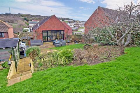 3 bedroom detached house for sale - Court Farm Road, Newhaven, East Sussex