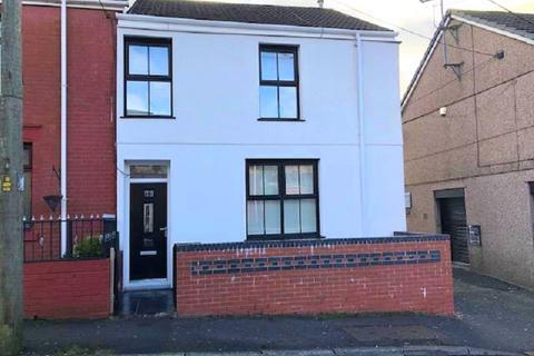 4 bedroom end of terrace house for sale - Duke Street, Maesteg, Bridgend. CF34 0LR