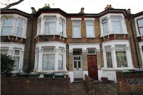 2 bedroom flat for sale - Salcombe Road, Walthamstow, E17