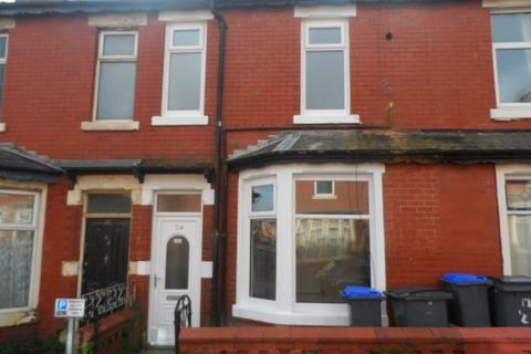 2 bedroom terraced house to rent - Portland Road, Blackpool, FY1 4EF