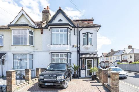 5 bedroom semi-detached house for sale - Thornsbeach Road, Catford