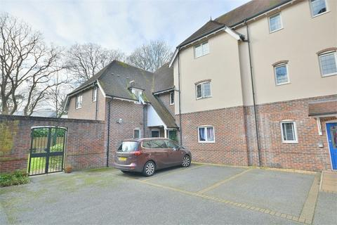 2 bedroom flat for sale - Talbot Avenue, Talbot Woods, Bournemouth