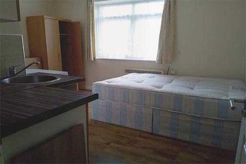 Studio to rent - 78 Red Lion Lane, Woolwich, London SE18