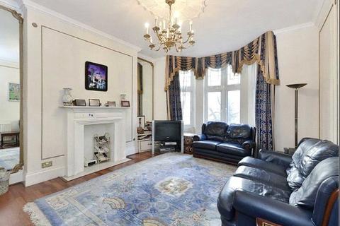 4 bedroom apartment to rent - Bickenhall Mansions, Bickenhall Street