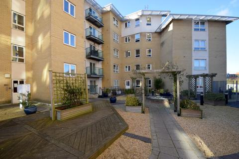 2 bedroom flat to rent - Ranelagh Road, Ipswich