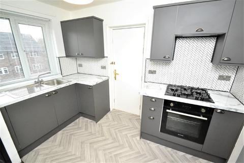 3 bedroom apartment to rent - Lingfield Grove , Moortown, Leeds