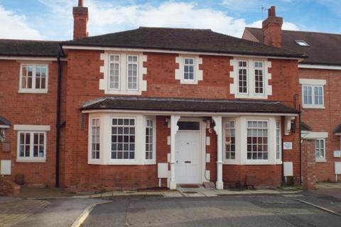 3 bedroom flat - Albion Street, Newark, Nottinghamshire, NG24