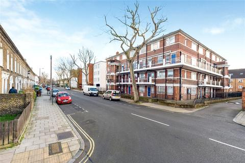 3 bedroom flat for sale - Lynton Estate, Lynton Road, London, SE1