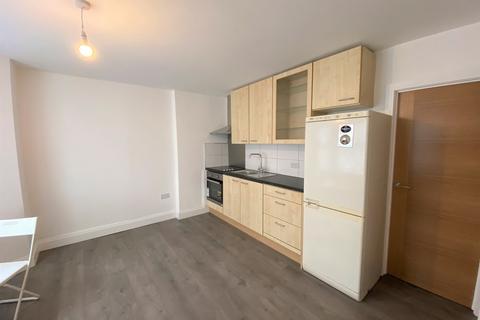 1 bedroom flat to rent - Askew Road, Shepherds Bush, London
