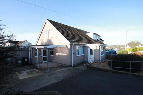 3 bedroom detached bungalow for sale - Llanfairpwllgwyngyll, Anglesey