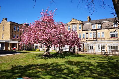 2 bedroom apartment to rent - Beverley Road, Hull, HU6 7LJ
