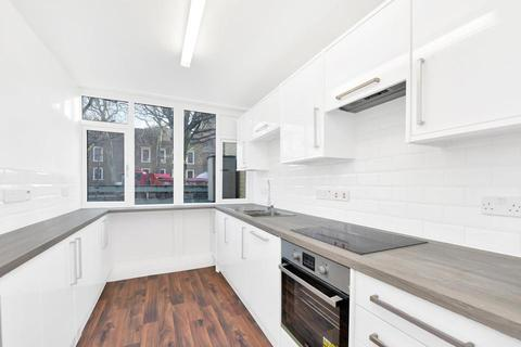 3 bedroom flat to rent - Redcastle Close, London E1W
