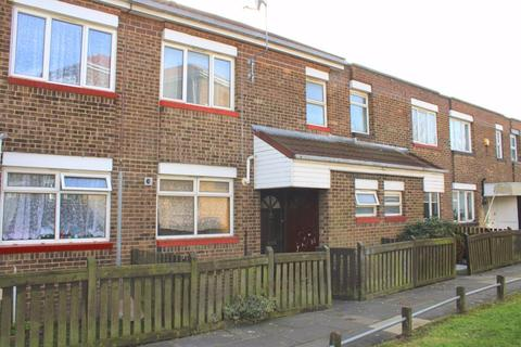 3 bedroom terraced house for sale - Sandy Drive, Bedfont