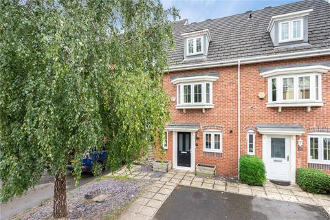 3 bedroom terraced house for sale - Dreadnought Close, Colliers Wood, London, SW19