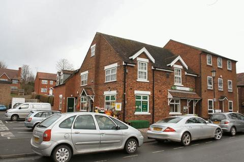 Property to rent - WOMBOURNE, Church Road