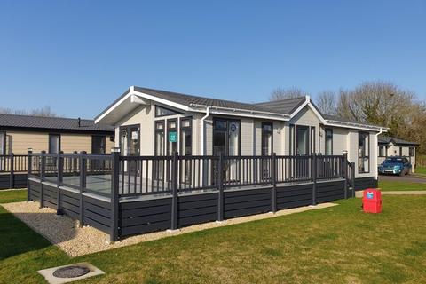 2 bedroom lodge for sale - Cotswolds