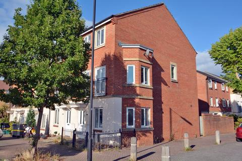 4 bedroom house to rent - Thackeray Road, Horfield