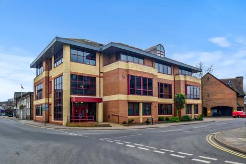 2 bedroom flat for sale - Consort Way, Horley